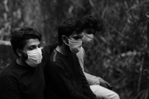 According to medical experts, deterioration of air quality can also cause complications in patients infected by coronavirus.