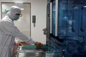There were 60 vaccines in clinical trial and 172 in pre-clinical trials as of December 2020.(REUTERS Photo File)
