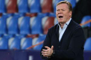 De Jong espera que Koeman permanezca en Barcelona en medio de conversaciones de salida