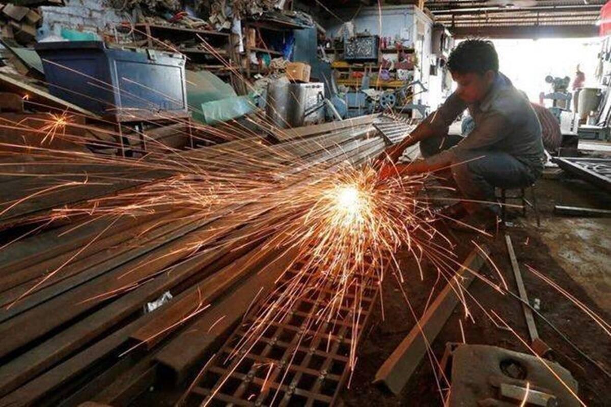 La producción industrial se contrajo un 57,3% en abril de 2020.