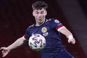 El técnico escocés Clarke espera que Tierney esté en forma para el choque con Inglaterra después de perderse su debut en la Euro 2020 por lesión.