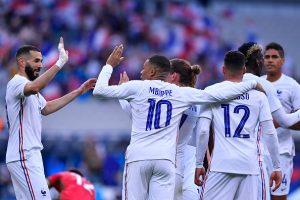 'Francia tiene siete mosqueteros en ataque': la leyenda Papin emociona con su talento avanzado