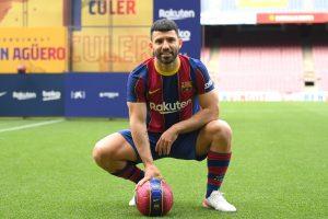 'Sabía que algún día el Barcelona se daría cuenta de mí' - Agüero feliz de hacer realidad su sueño de infancia