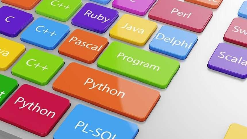 10 lenguajes de programación populares para desarrolladores en julio de 2021