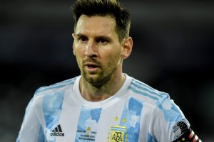 Lionel Messi diciendo tonterías?  Ocurrió en la tanda de penales de la Copa América contra Colombia