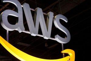 """Amazon Web Services lanza la campaña """"Ella construye"""" para promover la mejora tecnológica de las mujeres"""