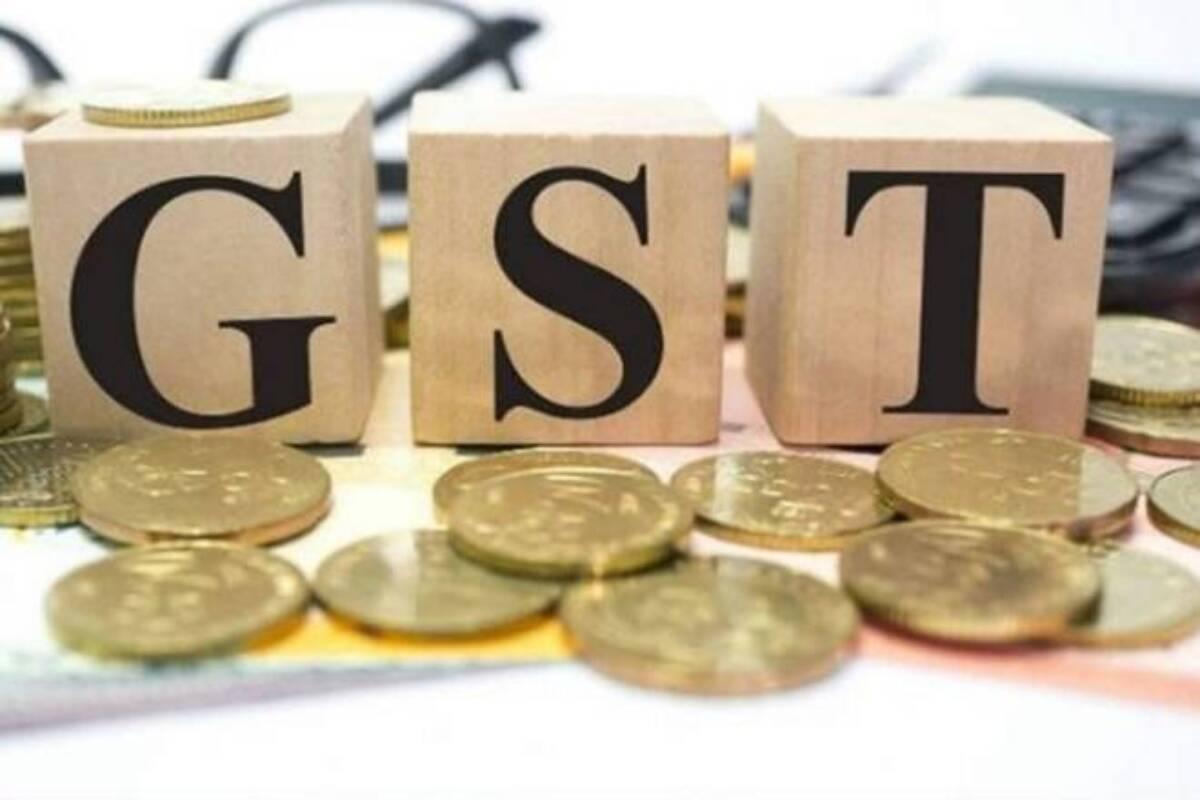 En junio, el ministro de finanzas de Bengala Occidental señaló el problema de la compensación de GST no pagada para 2020-21, que estimó en 74,398 millones de rupias para todos los estados.