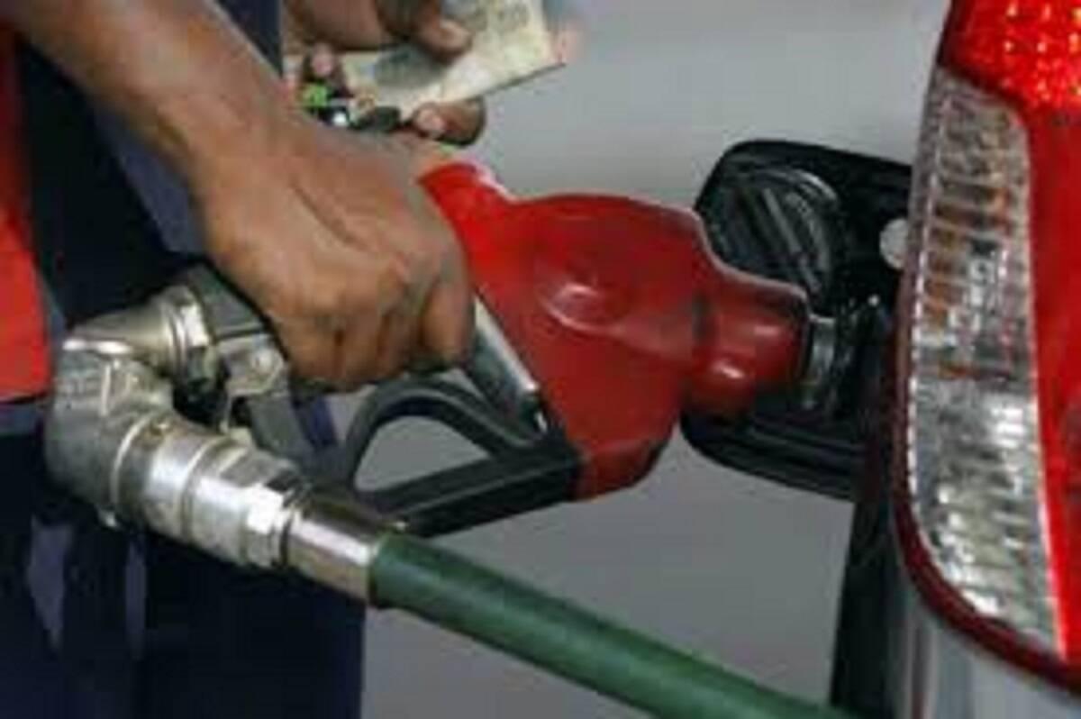El grupo OPEP plus acordó el domingo aumentar la producción de petróleo crudo en 0,4 millones de barriles por día a partir de agosto durante los cinco meses que terminan en diciembre, lo que podría reducir el precio.