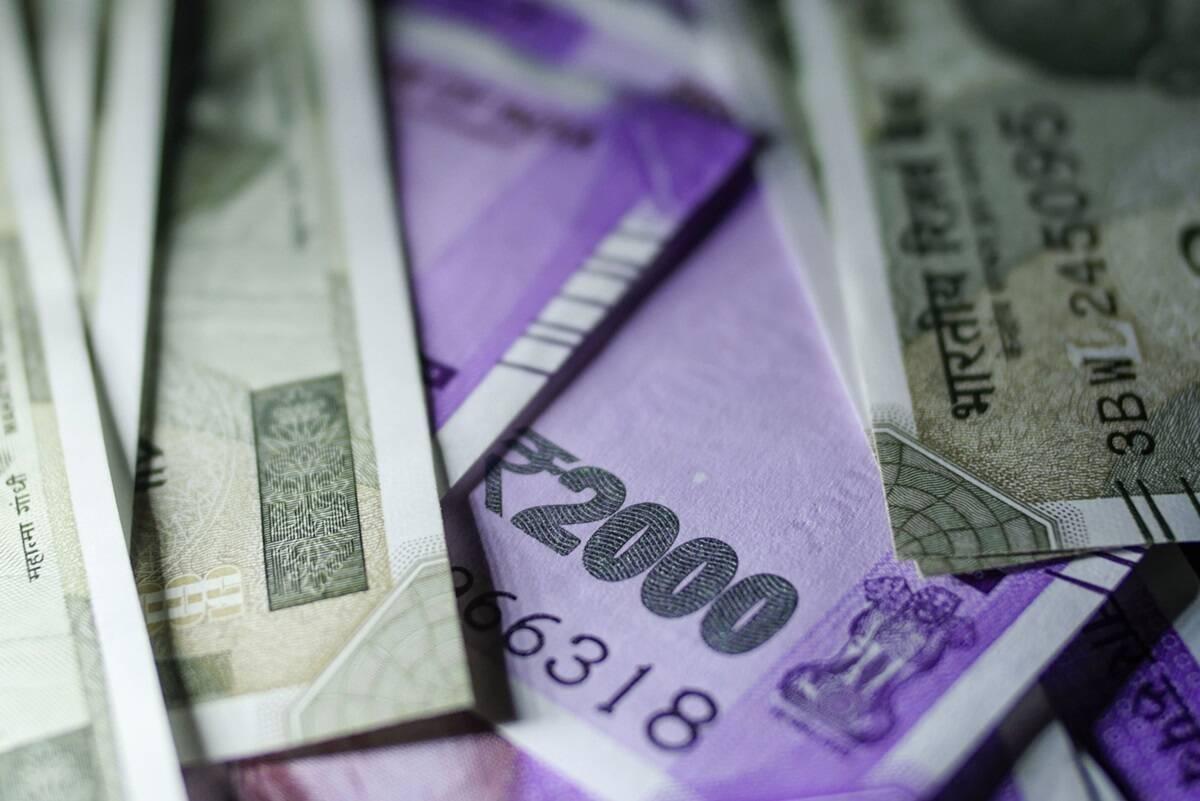 También extendió la fecha de vencimiento de varios cumplimientos, incluida la última fecha de vinculación de Aadhaar con el PAN del 30 de junio al 30 de septiembre de 2021, así como la última fecha de pago bajo Vivad se Vishwas de 2 a 4 meses.
