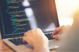 5 lenguajes de programación para expertos en ciencia de datos en 2021