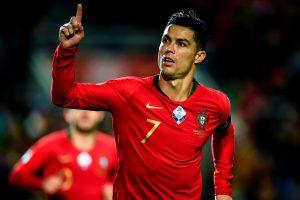 Ronaldo gana el premio al mejor jugador masculino en los Dubai Globe Soccer Awards por sexta vez