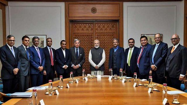TCS, Infosys, Reliance: empresas indias lideran la carrera de vacunación de empleados